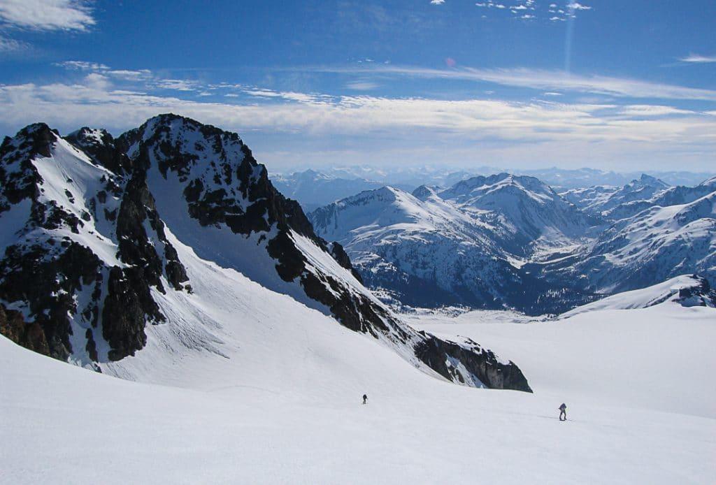 Ascending the Diavolo Glacier to the Fitzsimmons-Benvolio Col on the Spearhead Traverse
