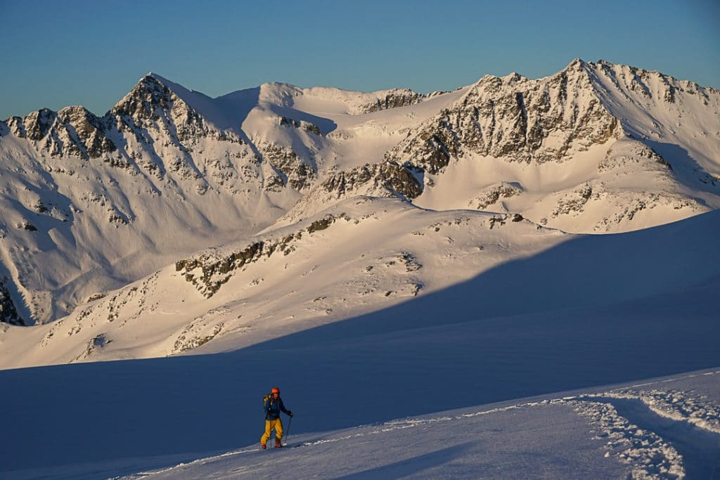 Gaining the Fissile-Whirlwind Col on the Spearhead Traverse